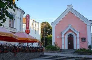 Администрация Смоленска отказалась передавать евангелистам шахматную школу