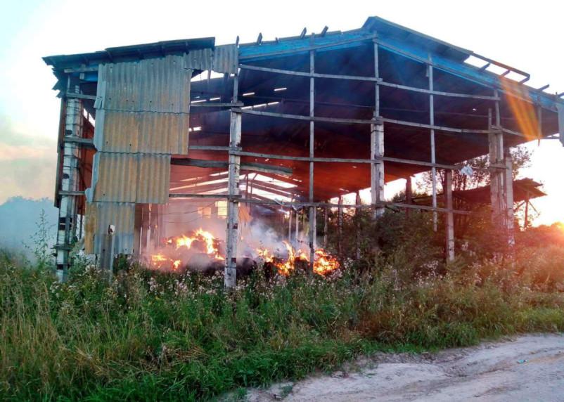 В Рославльском районе 60 тонн сена превратились в пепел