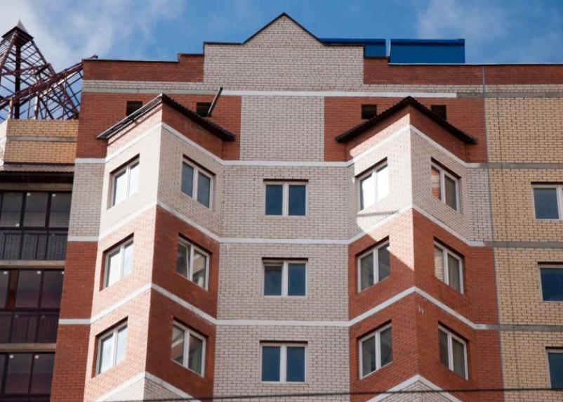 Смоляне отсудили у «витебского» застройщика штраф и неустойку за негодную квартиру