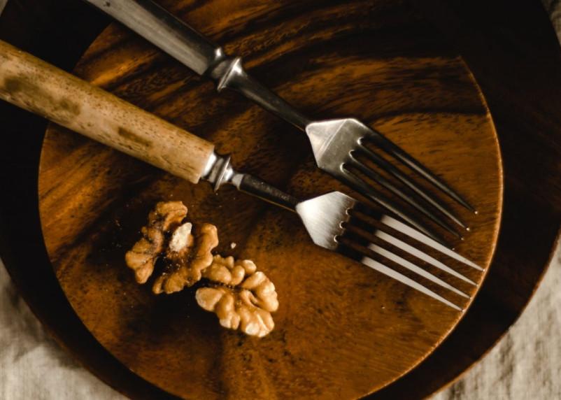 Гипертоникам нужно есть ежедневно белковую закуску