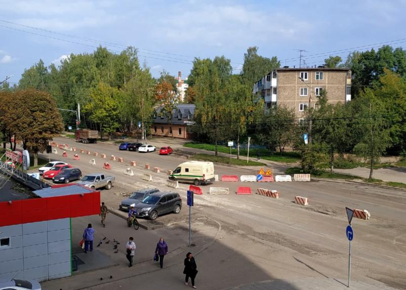 В Смоленске закрыли одну сторону Н-Неман