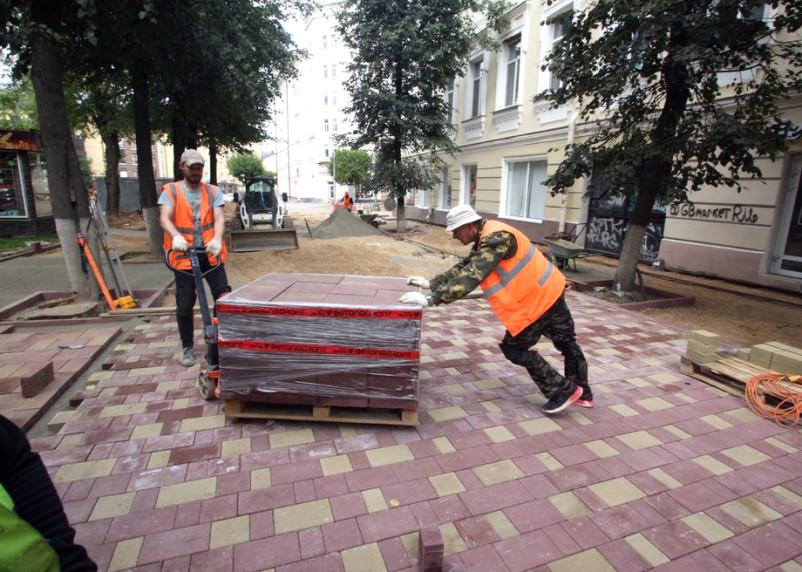 Капремонт новой пешеходной улицы Смоленска обещают выполнить раньше срока