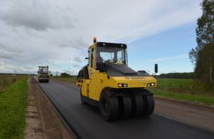 В Смоленской области по нацпроекту ремонтируют дорогу Новодугино-Родоманово-Пречистое