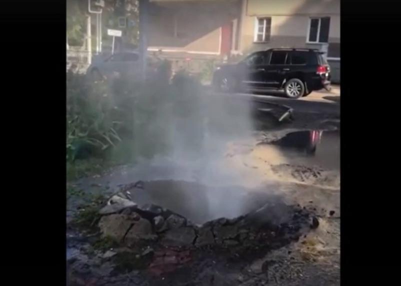 В Смоленске произошел очередной порыв теплотрассы