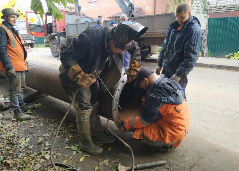 Фоторепортаж с места аварии на Горводоканале в Смоленске