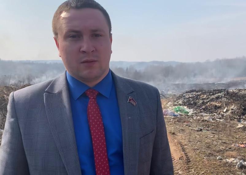 Смоленский депутат-дебошир написал заявление в полицию на свою возлюбленную
