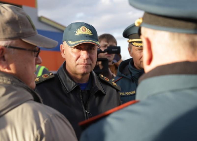 Подробности гибели главы МЧС. Погиб вместе с оператором