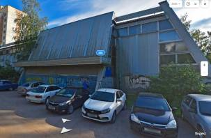 В Смоленске заброшенный спортзал на ул.Попова отдадут частному предпринимателю