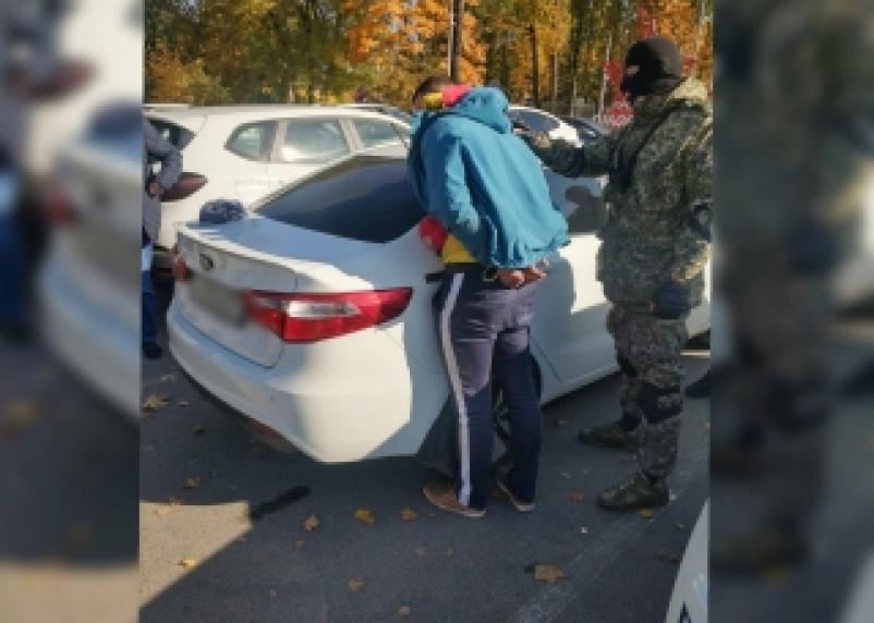 Гражданин Беларуси попался смоленским таможенникам на взятке