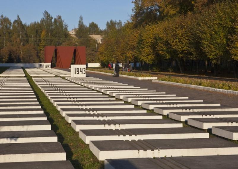 Проект новостроек возле мемориала в Смоленске пустили по второму кругу