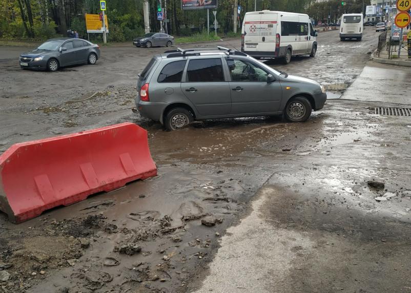 Улицу Нормандия-Неман в Смоленске в этом году уже не отремонтируют?