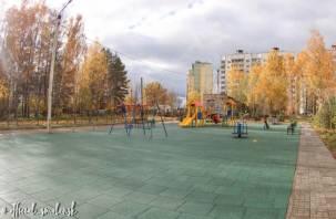 В Смоленске завершается благоустройство дворовых территорий