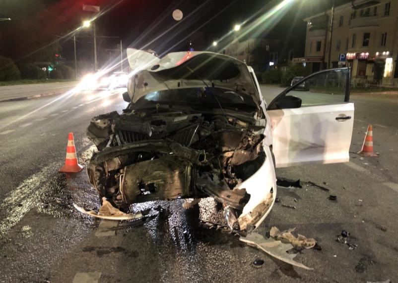 В Смоленске в ДТП на перекрестке улиц 25 Сентября и Крупской пострадал человек