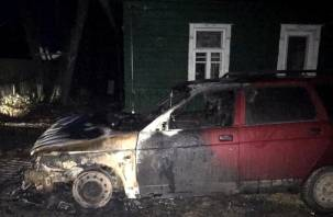 В Смоленском районе сгорели машины
