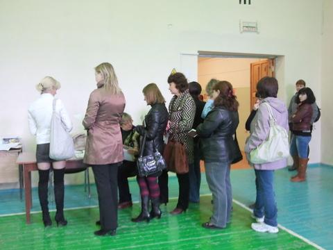 Организованное голосование на участке №533.