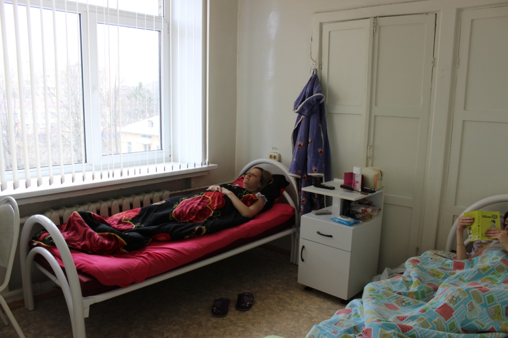 Видео: Как сесть на шпагат в домашних условиях