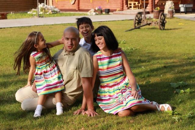 Анжелика Шкода и ее семья