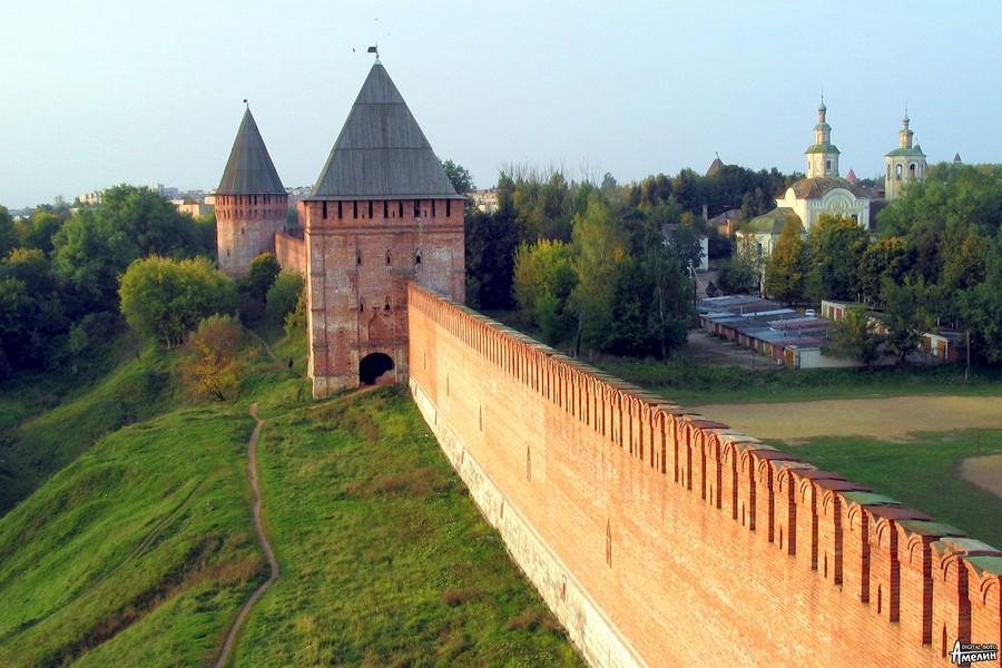 http://smolnarod.ru/wp-content/uploads/2015/11/168.2._Smolensk._Kre.jpg