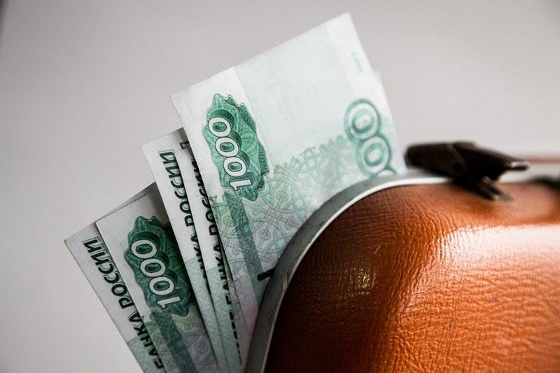 кража группой лиц на сумму менее 1000 рублей ответственность вагон