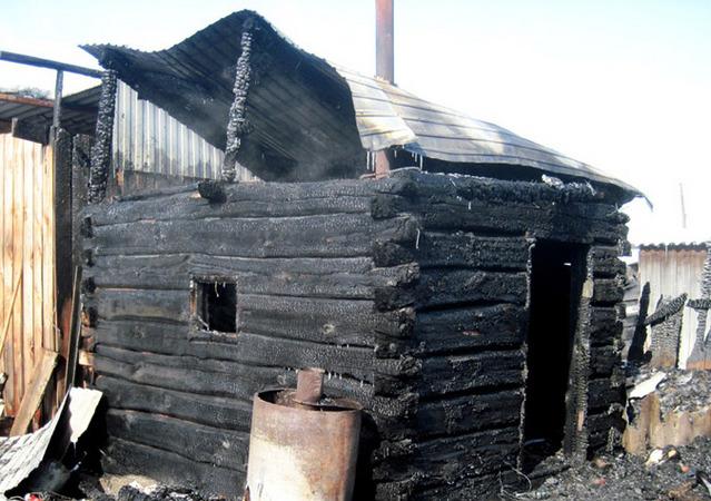 Картинки по запросу горящая баня фото