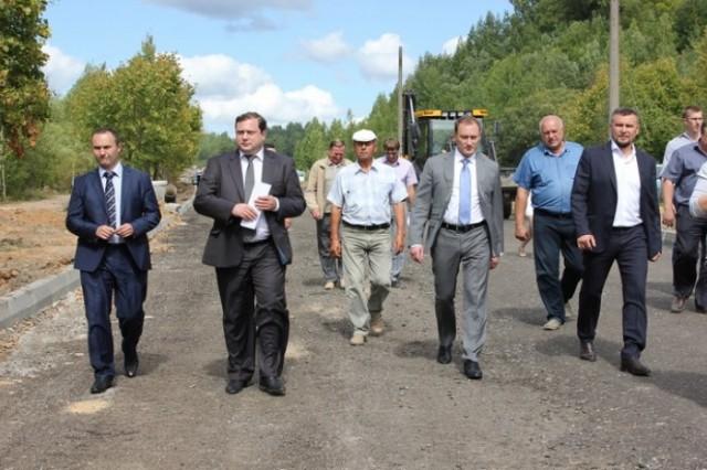 Константин Давидов - крайний слева