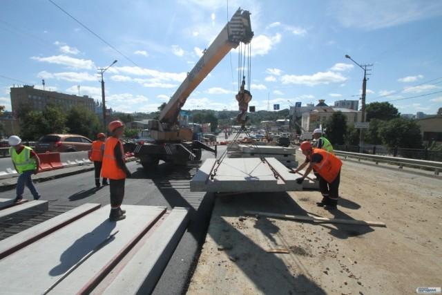 ВСмоленске открыли отремонтированную часть Пятницкого путепровода