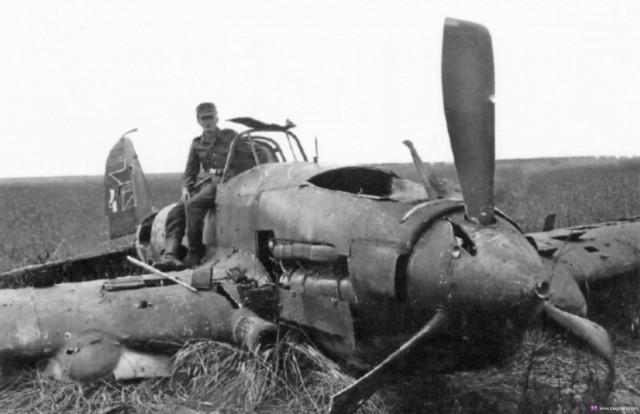 Гражданин Брянской области вДесногорске похитил детали самолета времен ВОВ