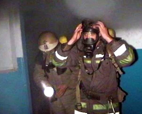 Четырех человек эвакуировали изгорящей квартиры под Смоленском