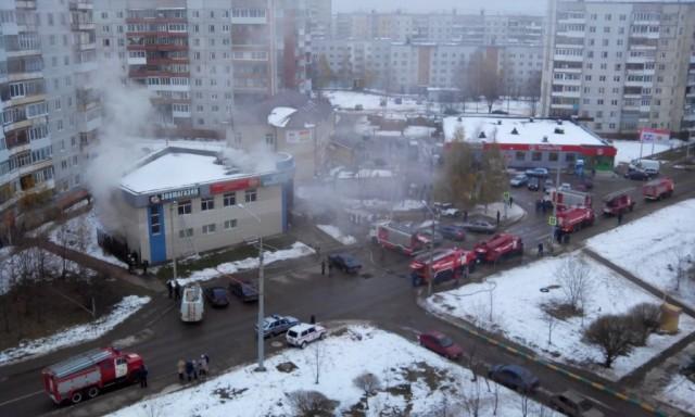 ВСмоленске произошел пожар в коммерческом центре