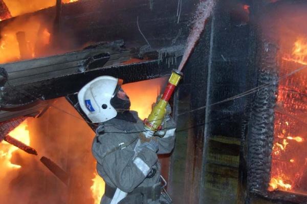 ВСмоленской области в личном доме впожаре погибли двое мужчин