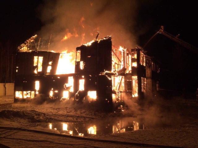 ВРуднянском районе всгоревшем дотла нежилом доме пострадал человек