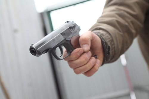 Смолянин обстрелял знакомого изтравматического пистолета