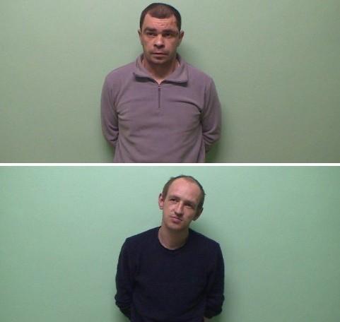 ВСмоленске пьяные преступники сножом отбирали упрохожих телефоны иботинки