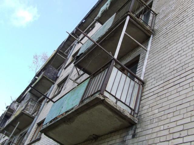 Смолянка выпрыгнула изокна 5-ого этажа после ссоры ссоседями