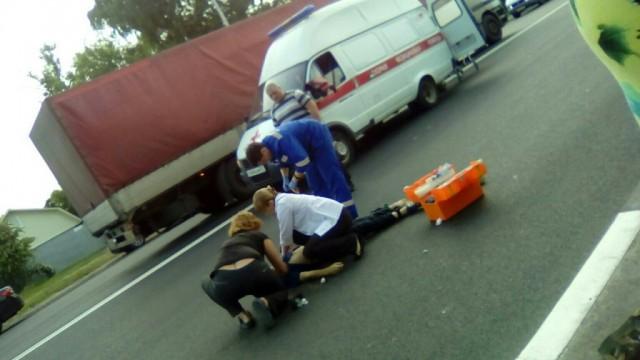 НаРославльском шоссе иностранная машина насмерть сбила 12-летнего ребенка