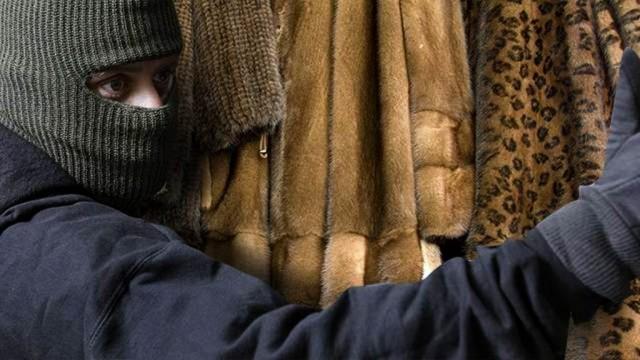 ВЧебоксарах судят банду, промышлявшую кражей шуб в различных областях страны