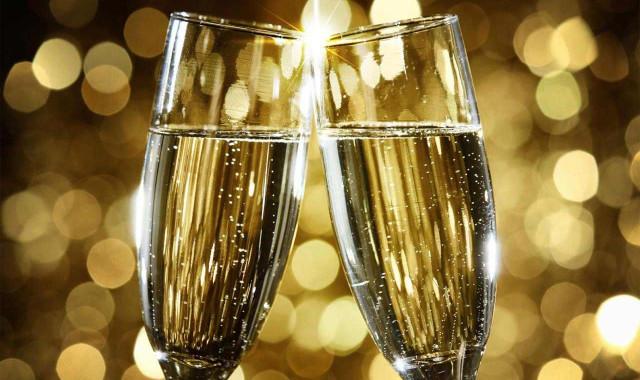 Специалисты выбрали самое пикантное шампанское Сегодня в15:36