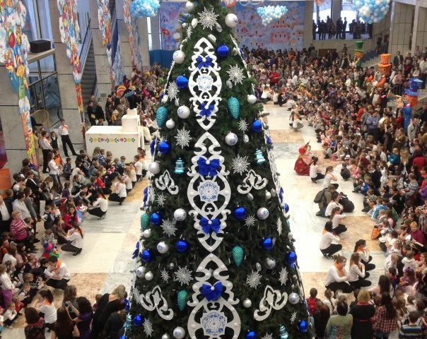 ВСмоленском драмтеатре организуют областную новогоднюю елку