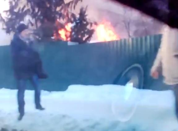 Ребенок имужчина погибли впожаре вСмоленске