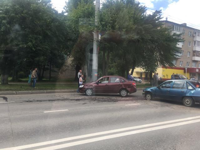 Шевченко попал аварию видео