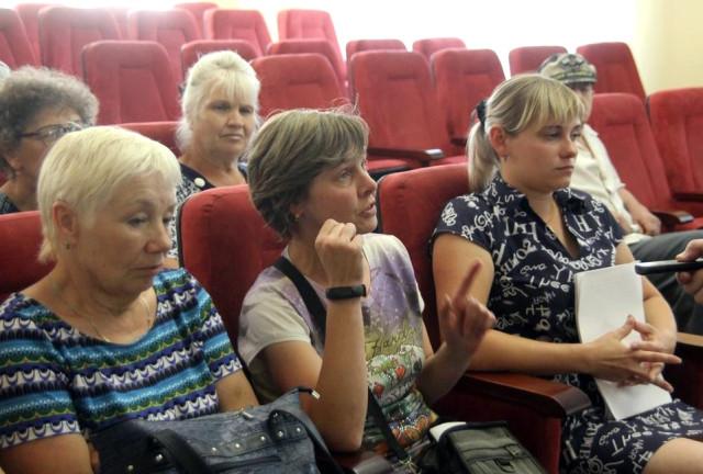чёртиков. русские зрелые женщины с молодыми ребятами в порно этом что-то есть