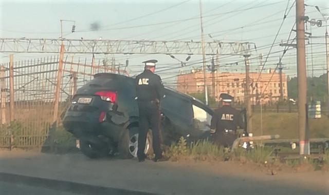 На Витебском шоссе внедорожник вылетел с проезжей части