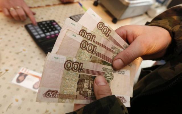 В РФ ощутимо увеличились долги по заработной плате
