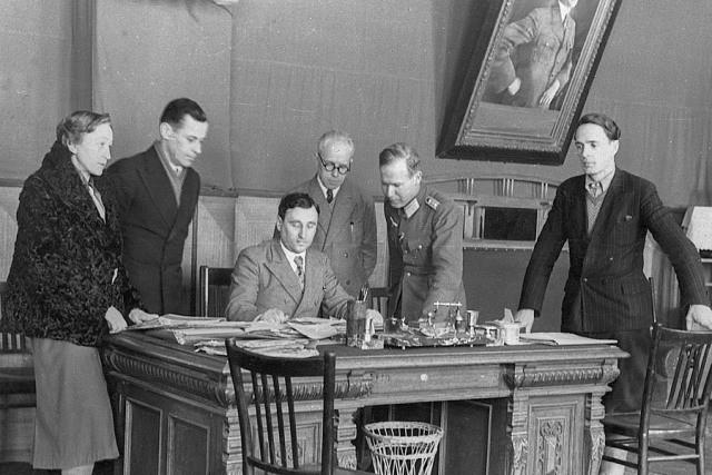 Фото: Б.Г. Меньшагин – бургомистр. Декабрь, 1942 г. Народный цифровой архив, Краков-Варшава