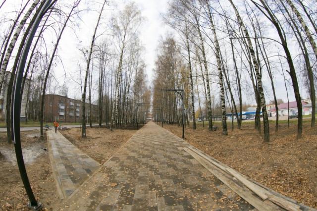 В одном районе «светящийся тоннель», а в другом – кромешная тьма. Как обстоят дела с освещением в Смоленске?
