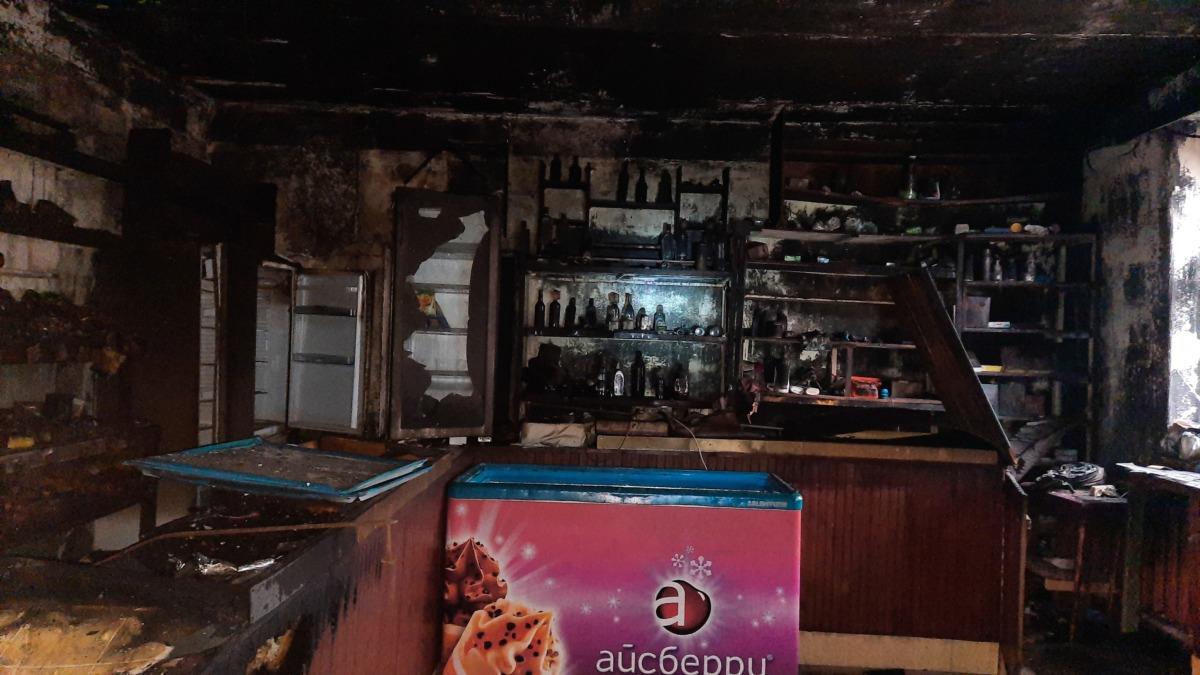 В Смоленской области загорелся продуктовый магазин