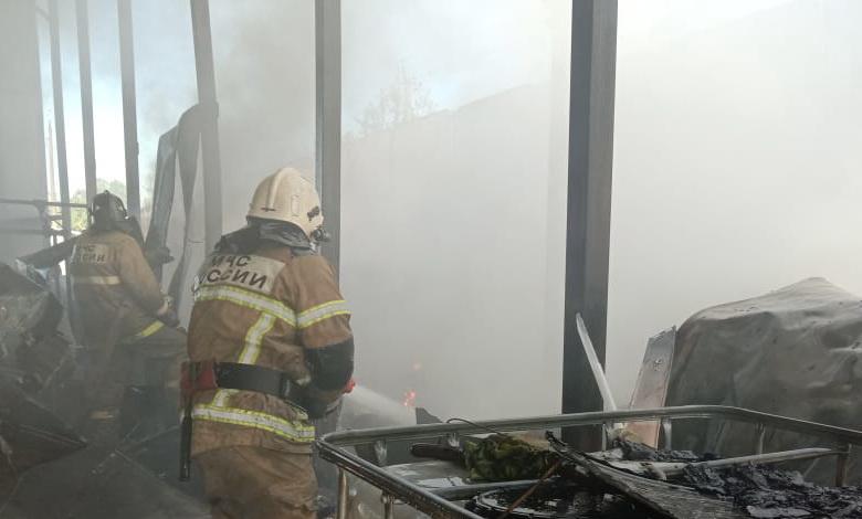 В Гагарине произошел крупный пожар на автомойке